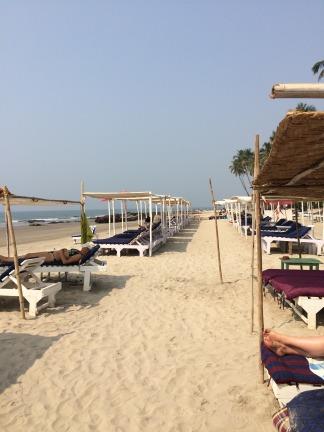Ashwem beach beds